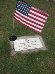 Thomas Crook's grave. Photo by Michael Atteberry.