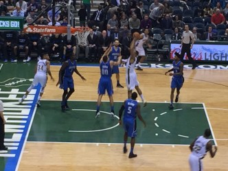 Jabari Parker's Late Basket Pushes Bucks Over Magic, 113-110