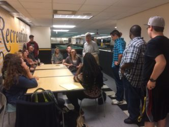 Journalism Isn't Dying, Milwaukee Journal Sentinel Deputy Editor Tells UW-Milwaukee Students