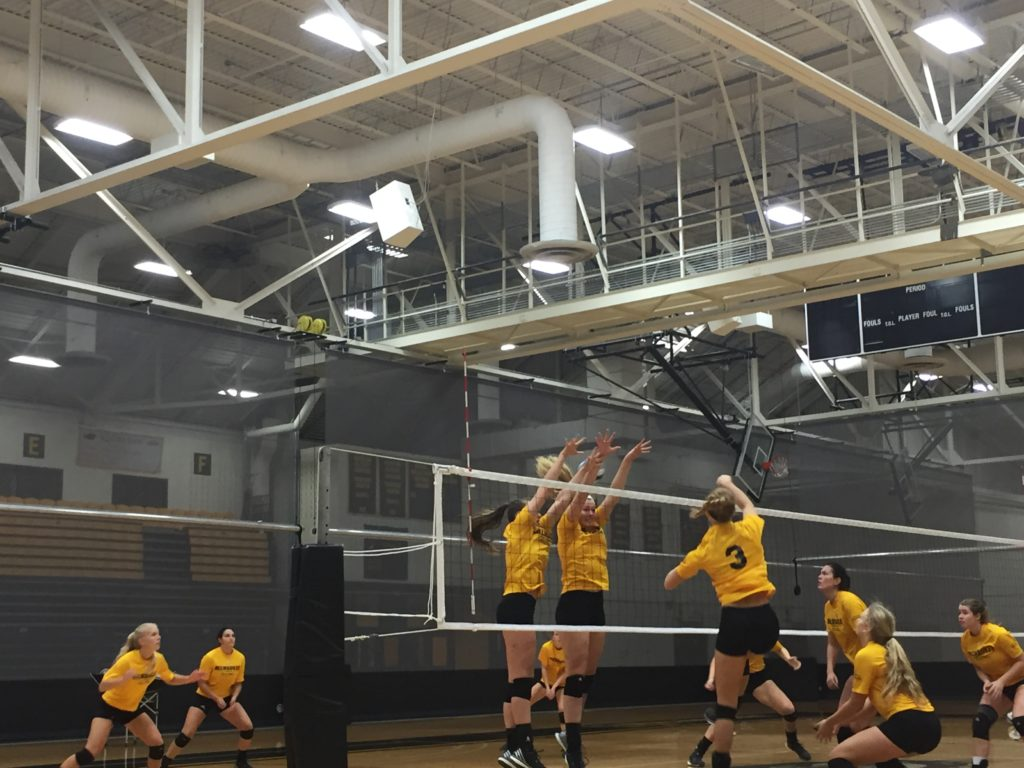 UW-Milwaukee Women's Volleyball team.