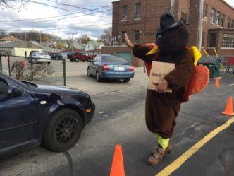 Centro Hispano's Thanksgiving Food Drive Brings Sense of Community