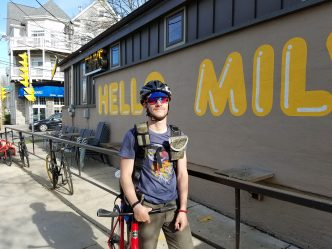 Bike Messenger Subculture Thrives in Milwaukee