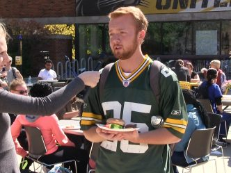 Spaights Plaza Reactions to Aaron Rodgers' Request