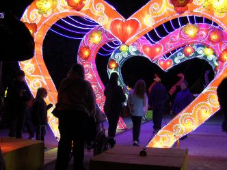 China Lights Returns to Boerner Botanical Gardens (Video)