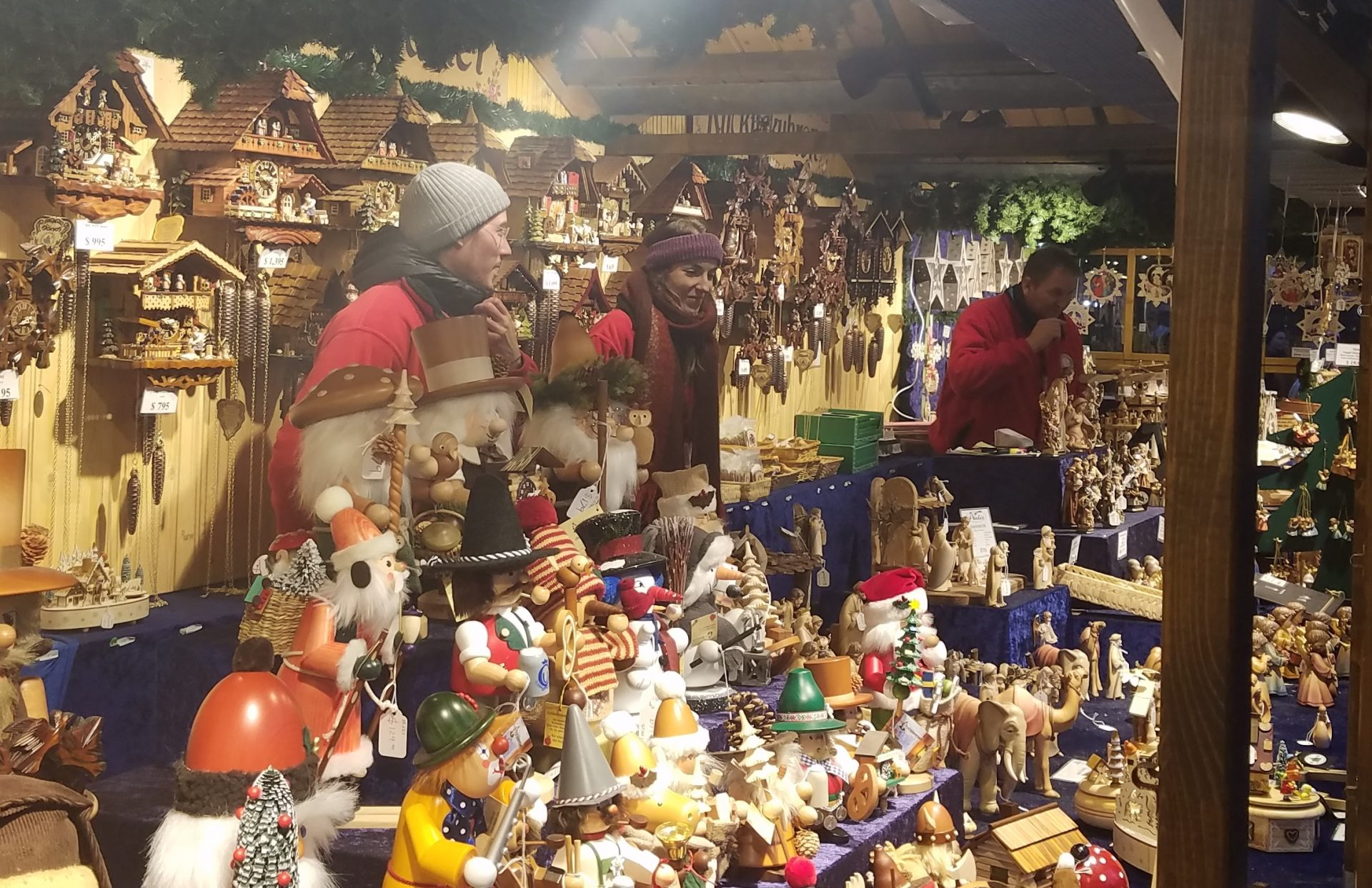 chicago christmas market shines with german culture audio